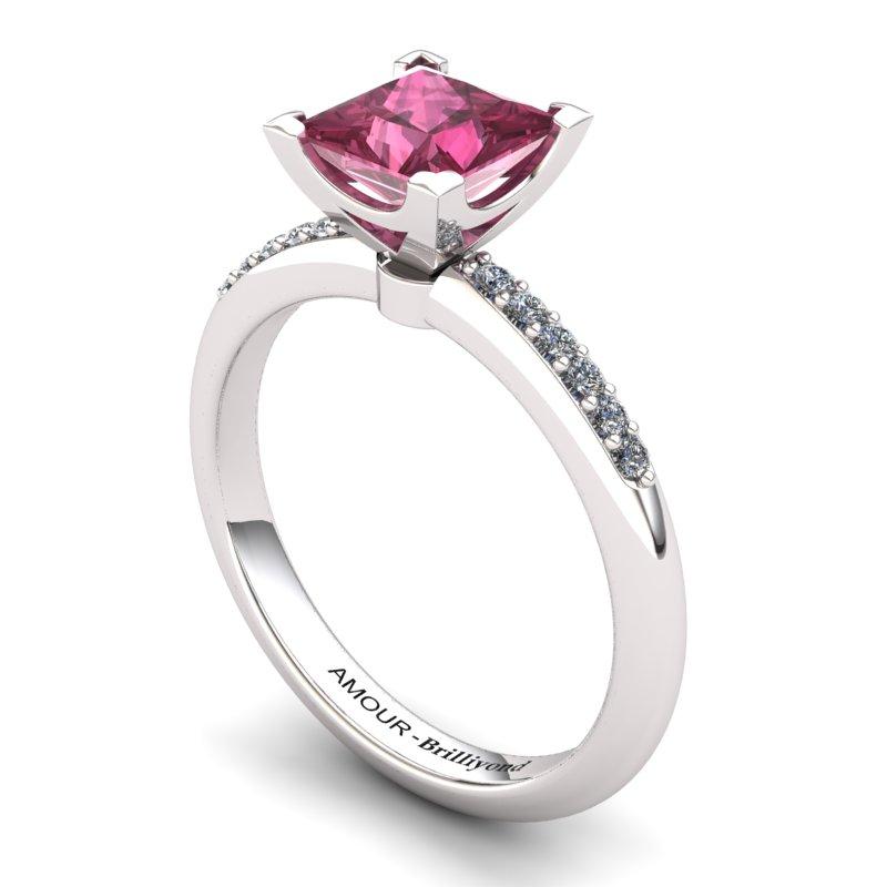 Square Radiant Garnet Ring_image1)