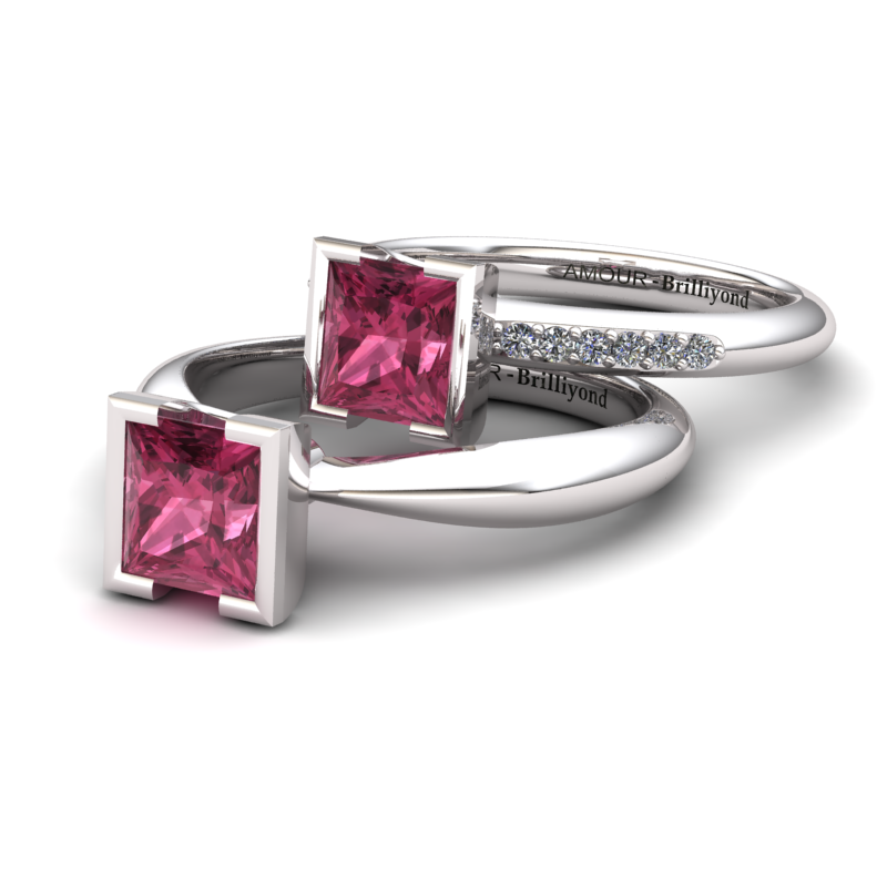 Garnet Square Ring with Stone Band_image3)