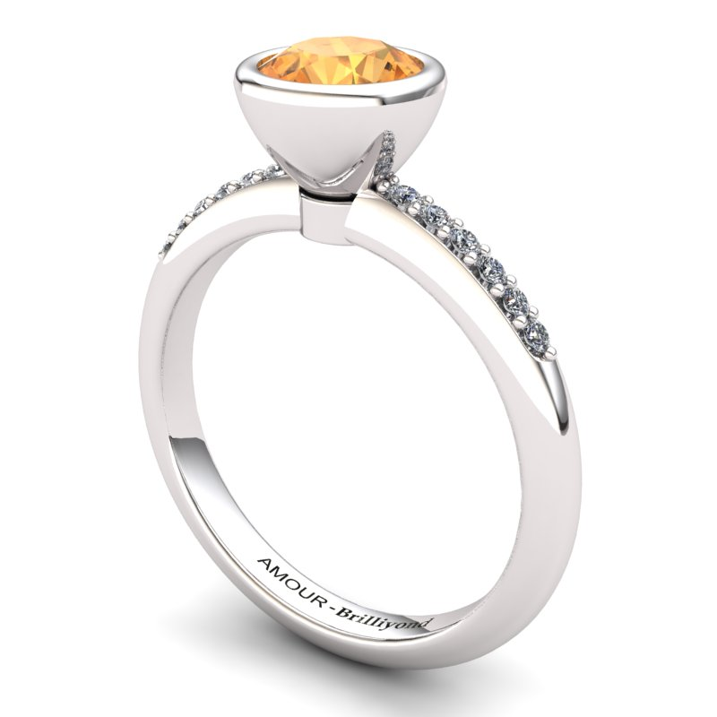 Classic Citrine Ring with Stone Band_image1)