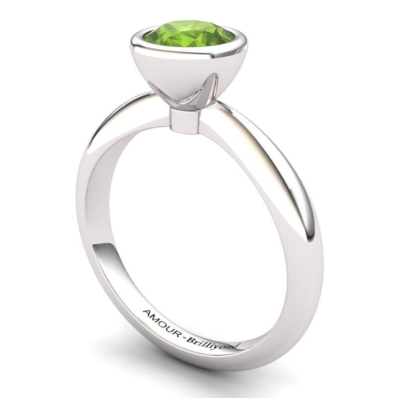 Classic Peridot Ring _image1)