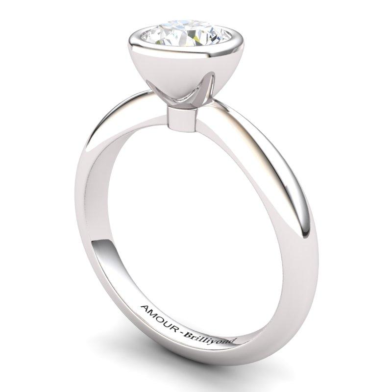 Classic White Zircon Ring _image1)