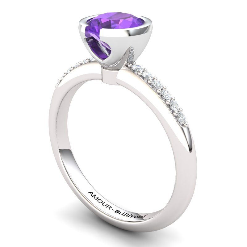 Classic Radiant Amethyst Ring with Stone Band _image1)