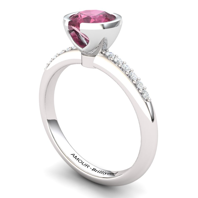 Classic Radiant Garnet Ring with Stone Band_image1)